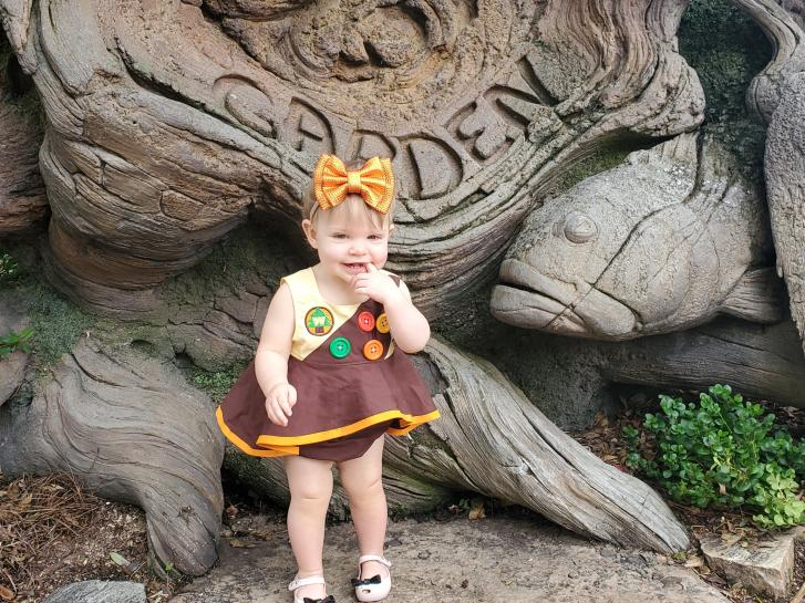 Guest Photo from Stephanie: Child at the Tree of Life at Animal Kingdom