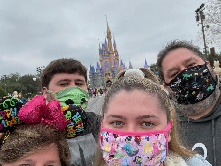 Guest Photo from Patti Tomaskovic: Guests in front of Cinderella Castle at the Magic Kingdom