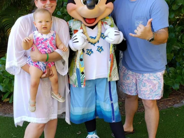 Guest Photo from Mary Ann Pomeroy: Guests with Mickey Mouse at Aulani Villas