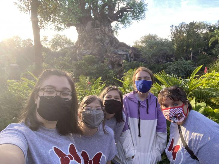 Guest Photo from Kristen Esteve: Guests at the Tree of Life at Animal Kingdom