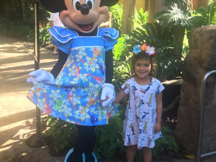 Guest Photo from Mar: Child with Minnie Mouse